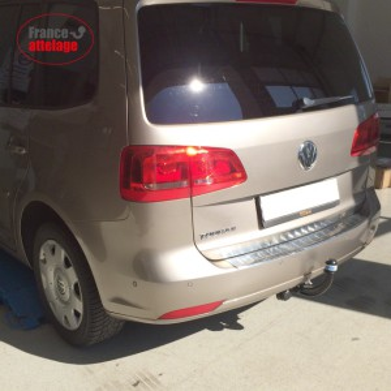 Attelage rigide fixe pour VW Touran I 1T Minivan 2003-2015 faisceau 7-broches